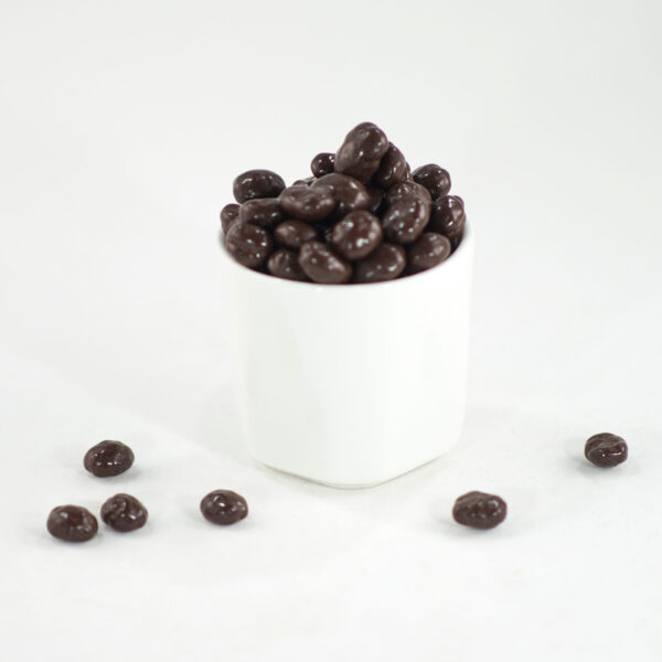 granos de café cubiertos de chocolate oscuro