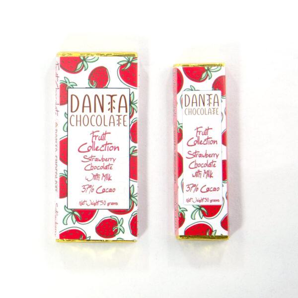 Barras de chocolate con leche y fresas 37% cacao