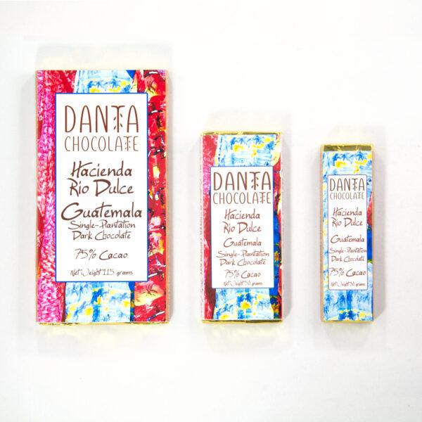 Barra de chocolate oscuro 75% cacao. Hacienda Rio Dulce